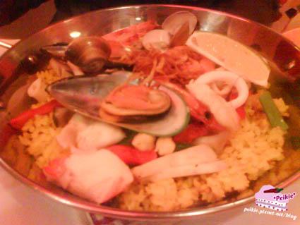 西班牙海鮮飯1.jpg