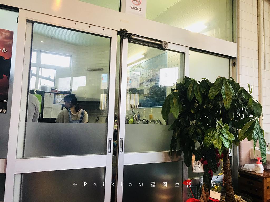 福岡的吉塚站的錢湯改造的柬埔寨餐廳