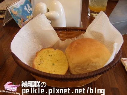 義大利麵達人麵包.jpg