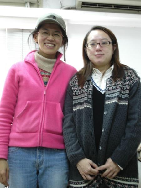 麗瀅-畢業時與懷孕中的她合照