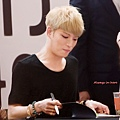 140811 JYJ《Just us》簽售會@Always in here (8).jpg
