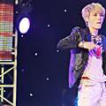 131024 JYJ越南亞運演唱會@onekissB (4).png
