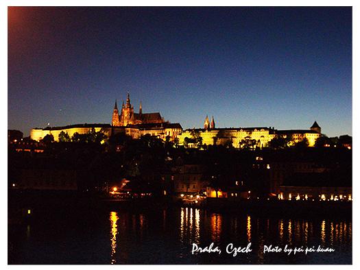 布拉格夜.jpg