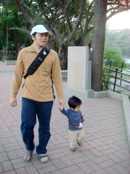 公園_散步.jpg
