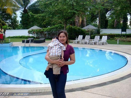 馬來day3_飯店泳池.jpg