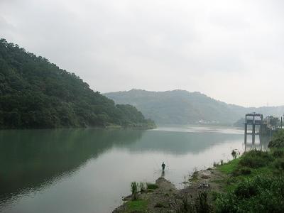 雨後的河面.jpg