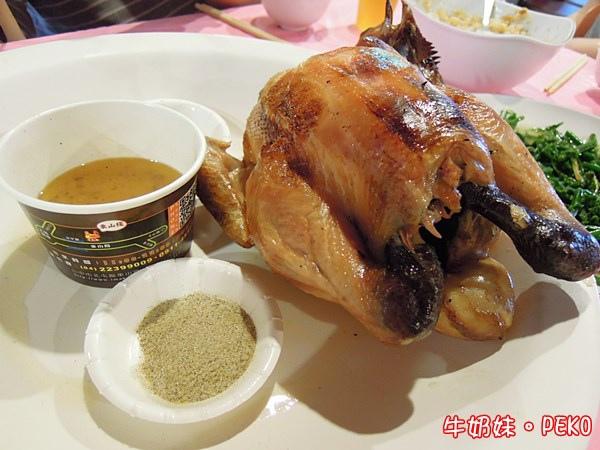 甕缸雞 東山棧甕缸雞  雞油拌飯 北屯甕缸雞 台中美食07