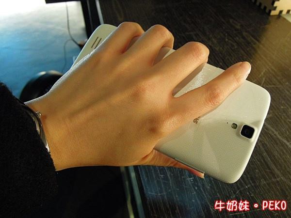 InFocus M320 八核 鴻海 大螢幕手機08