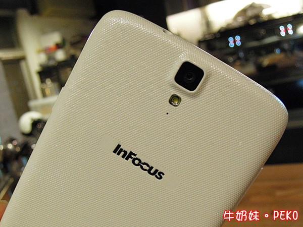 InFocus M320 八核 鴻海 大螢幕手機13