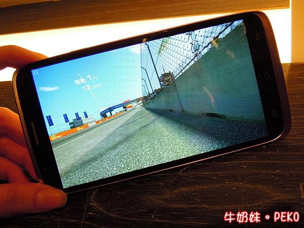 InFocus M320 八核 鴻海 大螢幕手機19