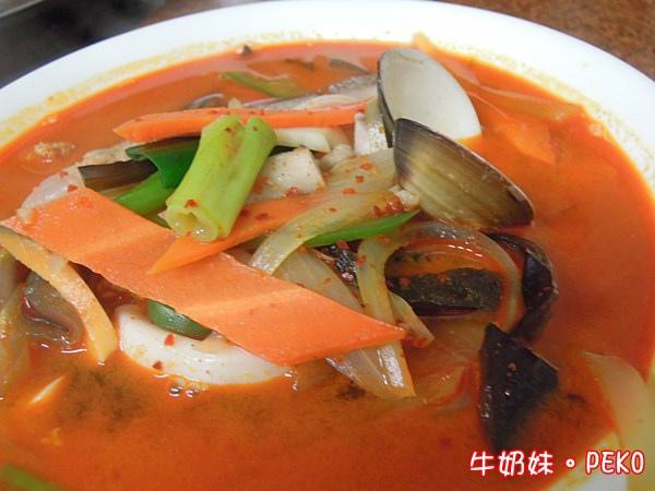 炒碼麵 韓國媽媽烤肉店 台北車站美食  京站美食 平價01