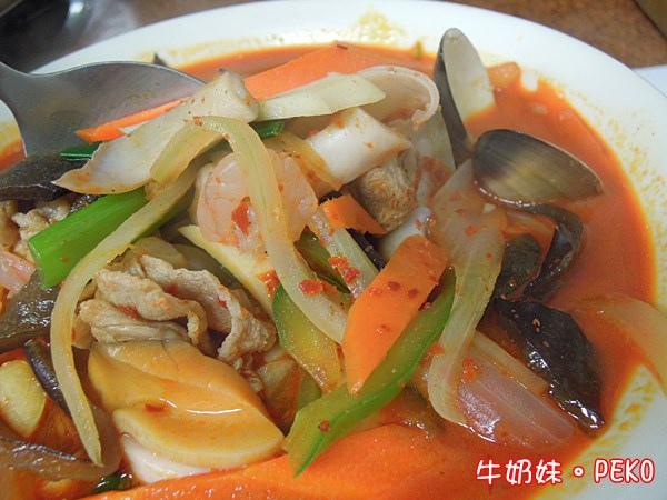炒碼麵 韓國媽媽烤肉店 台北車站美食  京站美食 平價02