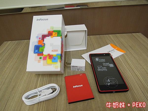 鴻海 InFocus M210 4.7吋 四核 智慧型手機  雙卡 開箱 紅米04