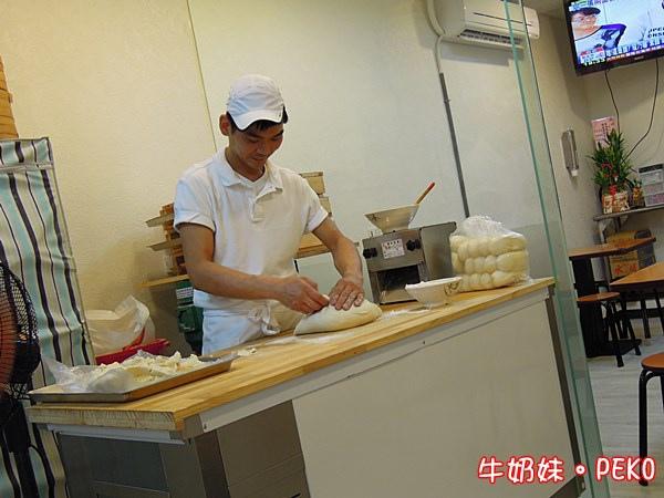 板橋美食 明園江浙點心 蔥花酥餅 豆沙酥餅02