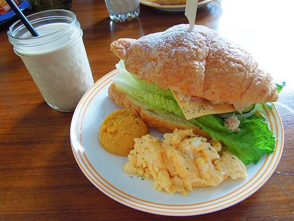 中山站美食  公雞咖啡 Rooster café & vintage 早餐 早午餐 輕食06