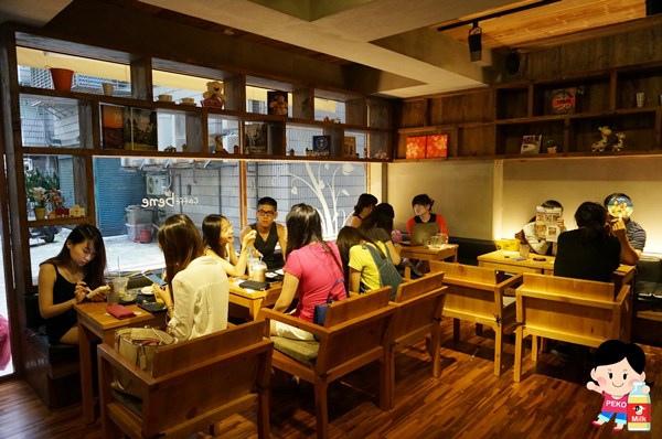 Caffe bene 韓國咖啡館 張根碩代言 東區咖啡店 不限時 Caffe bene菜單 派思脆 巧克力惡魔刨冰 蒜香起司吐司11