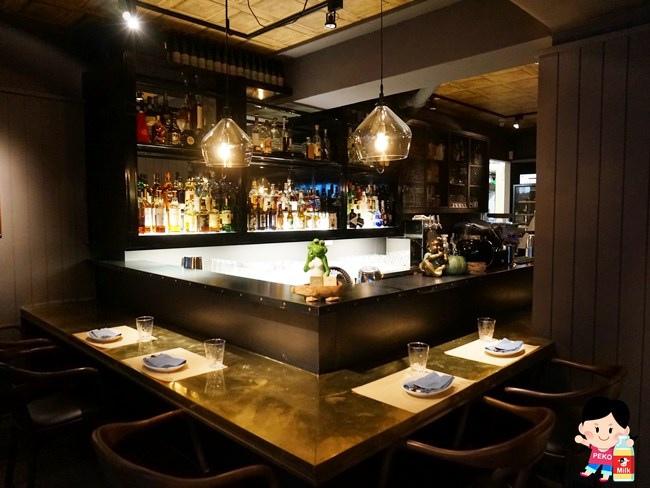 EiEIO 東區酒吧 東區餐廳 東區聚餐推薦 戰斧豬排 02