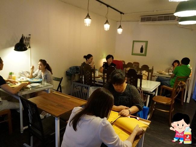 敲敲咖啡KNOCK KAFE 東區咖啡館 東區甜點 東區下午茶 檸檬塔 香蕉塔05