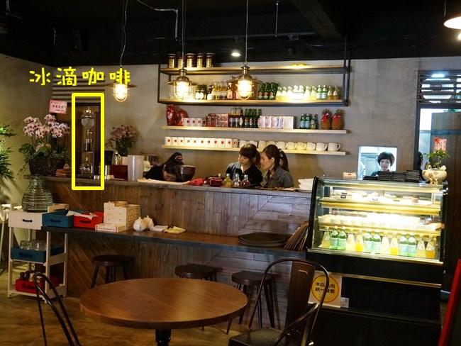Halla 板橋早午餐 板橋餐廳推薦 Halla早午餐 義大利麵 泰式料理 燉飯 工業風04