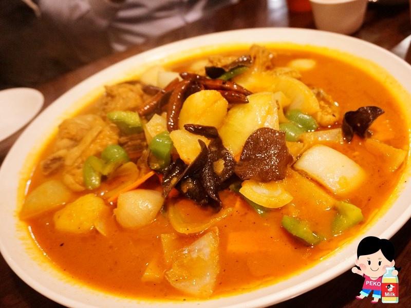 帕米爾新疆餐廳 胡天蘭推薦 新疆美食 大盤雞 手工皮帶麵 公館餐廳 公館美食 羊眼兒酥餅 烤羊排 帕米爾新疆餐廳營業時間 帕米爾新疆餐廳地址05