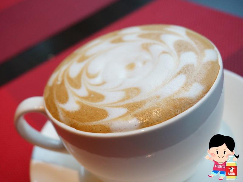 幸福這裡 板橋早午餐 幸福這裡板橋店 不限時 板橋團體包場 新埔站早午餐 新埔站餐廳 海鹽咖啡 安格斯黑牛漢堡08