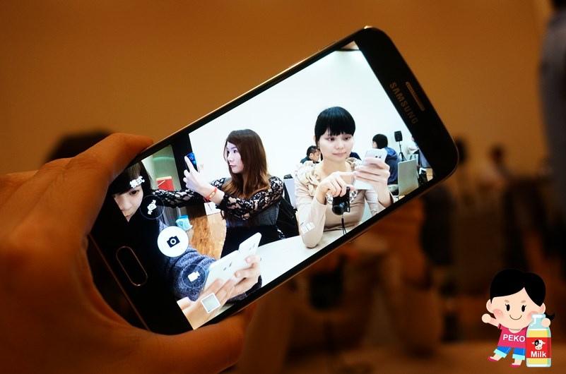 Samsung Galaxy S6  Galaxy S6 Edge Samsung旗艦機  動態對焦 無線充電 閃電快充 雙曲面螢幕 雙曲面側螢幕13