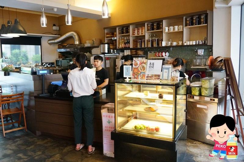 POND BURGER CAFE02