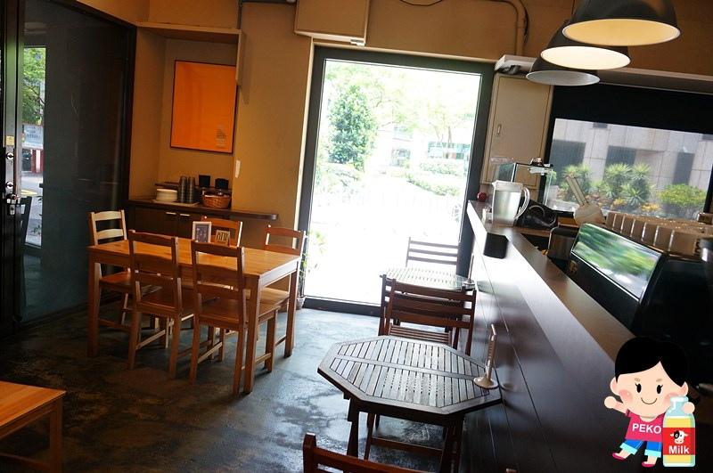 POND BURGER CAFE03