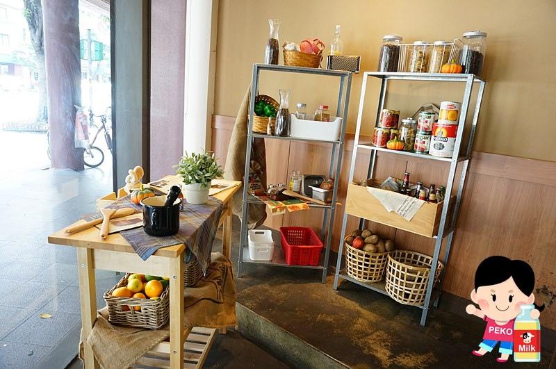 POND BURGER CAFE04