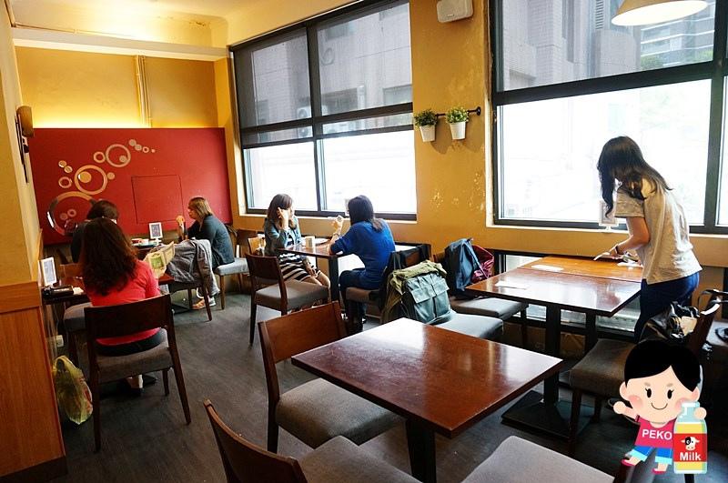 POND BURGER CAFE05