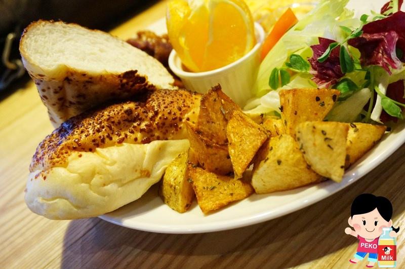 Chin Chin Cafe15