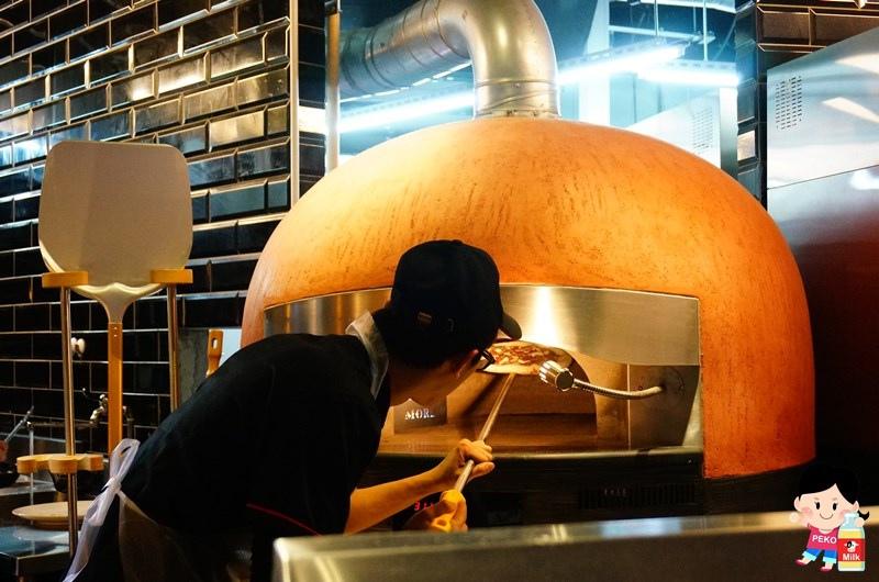 淡水美食.淡水餐廳推薦.樂尼尼義式餐廳.樂尼尼 淡水.手工窯烤披薩.淡水大都會廣場餐廳.