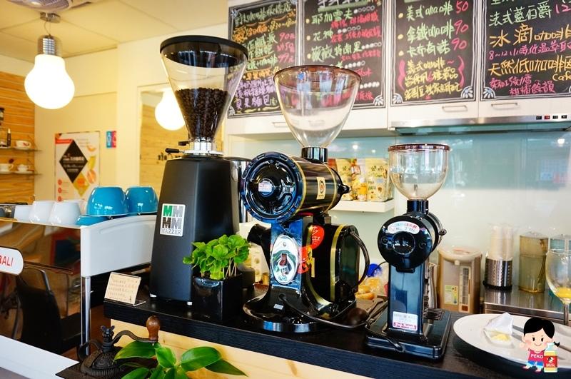野夫咖啡.板橋咖啡廳.不限時.冰滴咖啡.鹹派.板橋 檸檬塔.手沖咖啡.