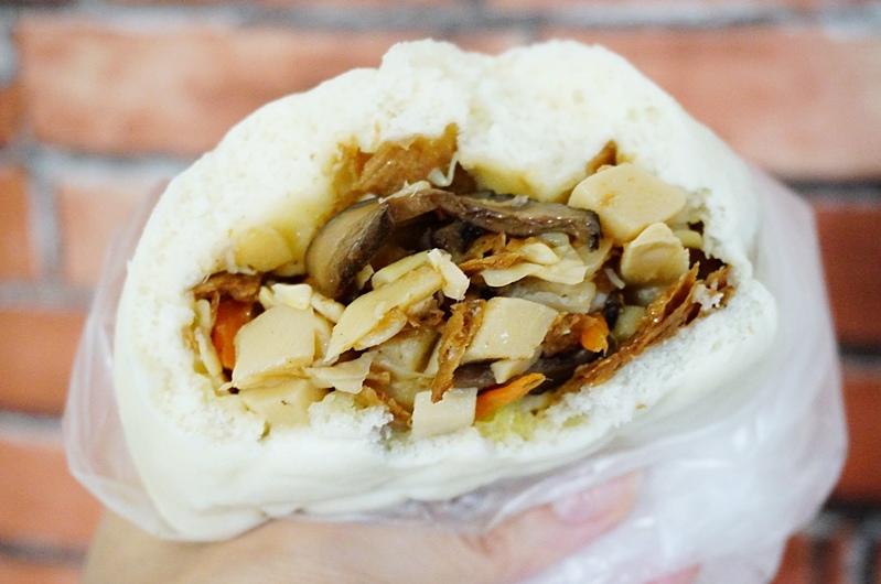 板橋美食.食味包子.食味包子營業時間.香菇筍包.板橋包子.芋頭起司.芝麻起司.