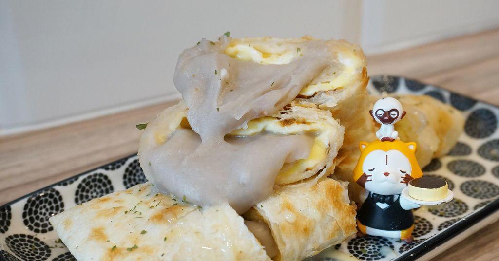 鳳梨寶堡.板橋美食.新埔站美食.芋泥蛋餅.板橋早午餐.蛋餅.芋見雪泥酥餅.