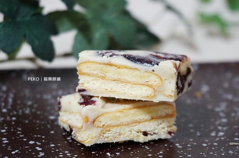 新莊草莓蛋糕.新莊蛋黃酥.鎧樂餅舖.新莊伴手禮.草莓蛋糕.新莊美食.