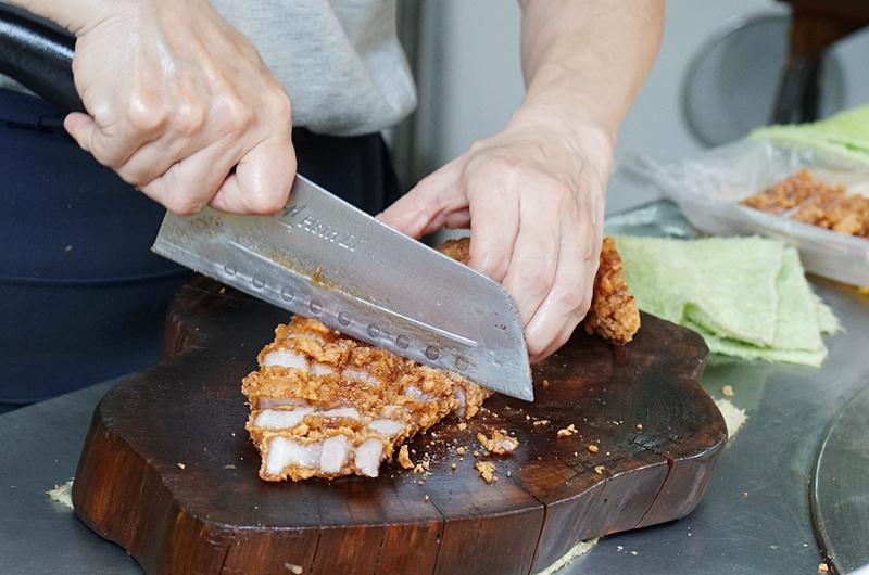 板橋美食.黃石市場美食.黃石市場香菇肉粥.紅燒肉.板橋紅燒肉.