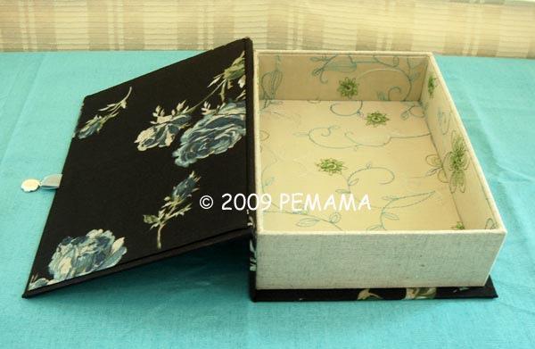 黑玫瑰書型布盒