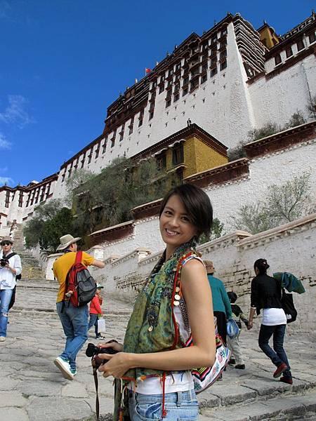 西藏的天空_梁詠琪