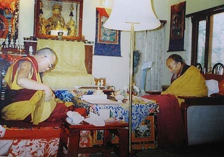 究給法王與達賴喇嘛