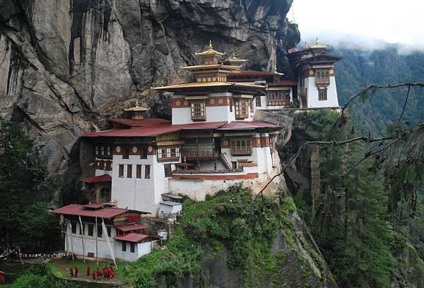 不丹全世界出名的景點-虎穴寺