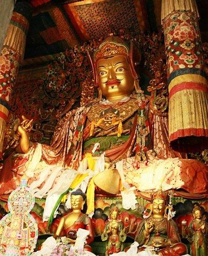 不丹第一世國王供養的蓮師