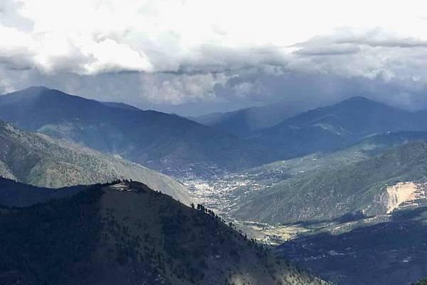 風光明媚不丹帕羅的天空.jpg