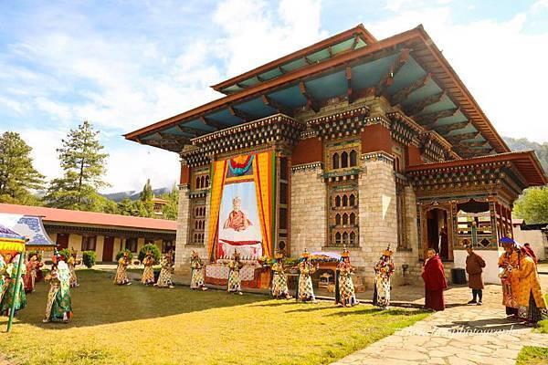 不丹雪謙寺頂果法王的寺院.jpg