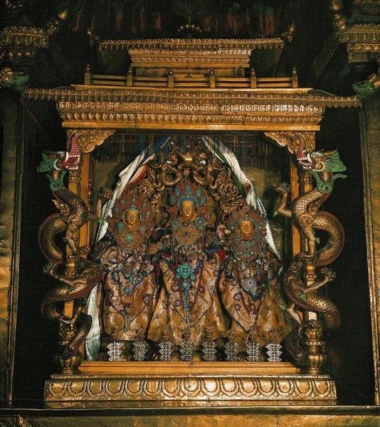 布達拉宮鎮殿之寶-朋札瓦達那觀音.jpg