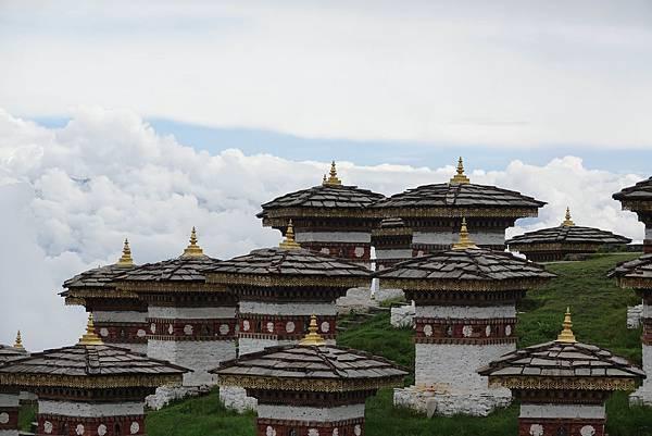 不丹108舍利塔.jpg