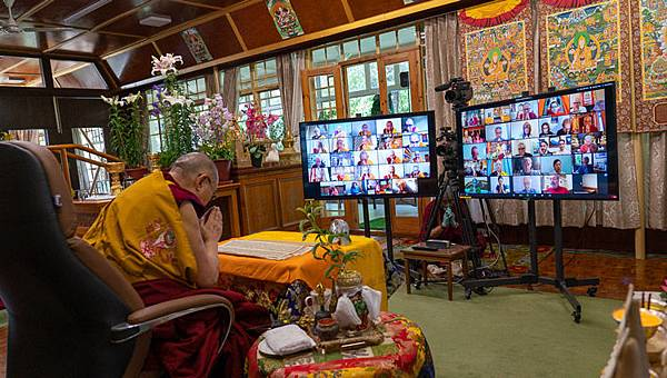 達賴喇嘛全球線上本尊灌頂.jpg
