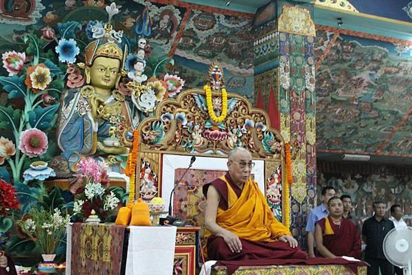 達賴喇嘛與敏珠林寺蓮師.jpg