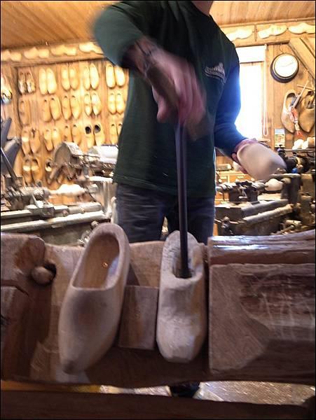 木鞋製作流程3