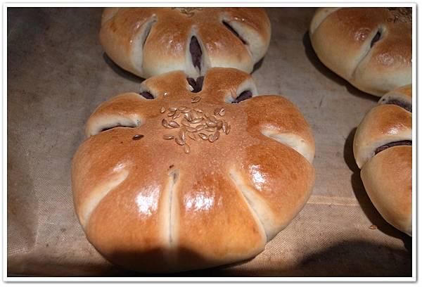 紅豆麵包成品1